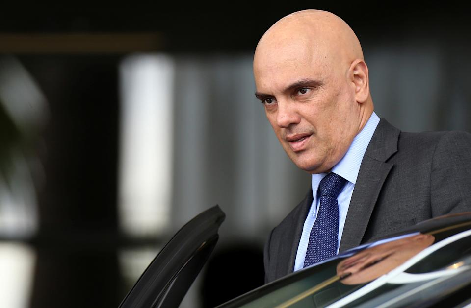 Brazil's Justice Minister Alexandre de Moraes leaves the Justice Palace in Brasilia, Brazil February 6, 2017. REUTERS/Adriano Machado