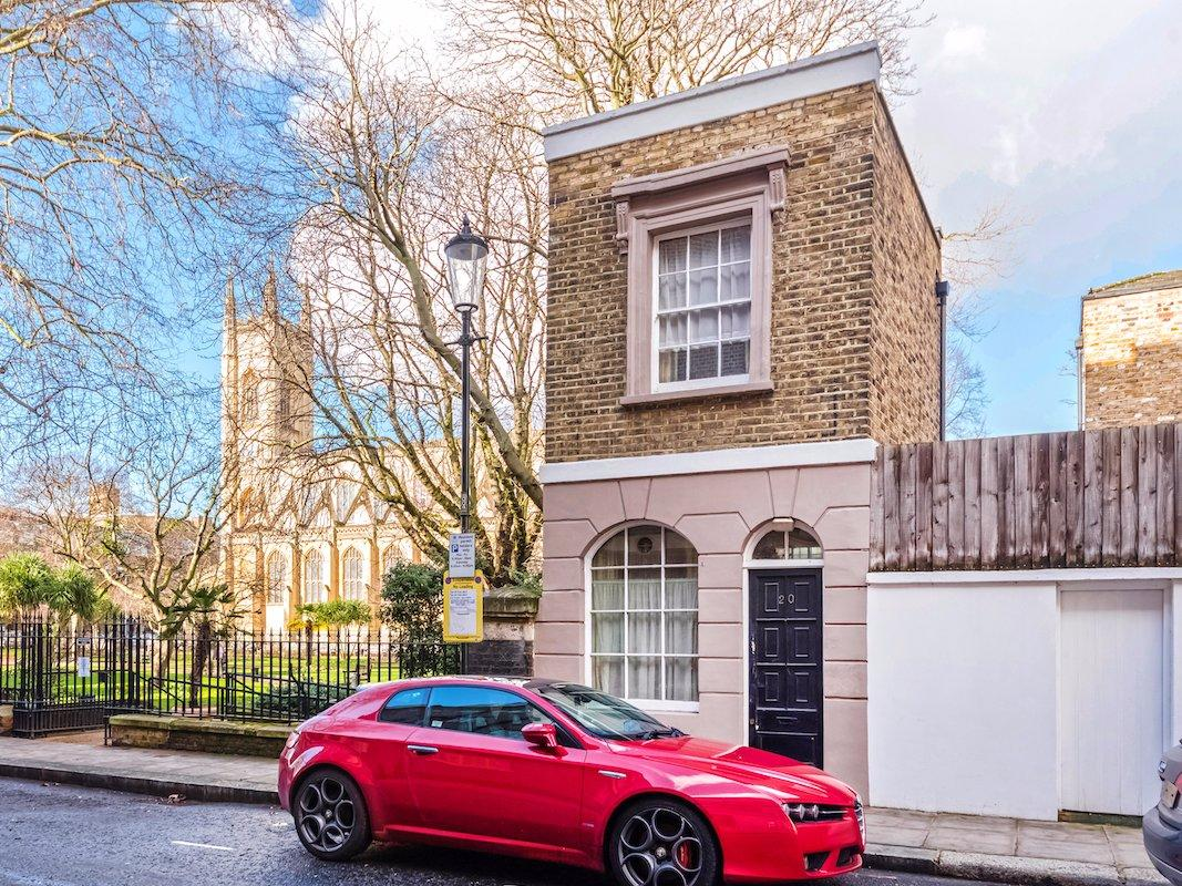 <p>20 Britten Street, for sale in Chelsea (Douglas & Gordon/Business Insider) </p>