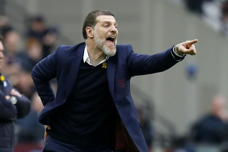 West Ham United's Slaven Bilic shouts instructions during his side's league match against Leicester City at The London Stadium, on March 18, 2017