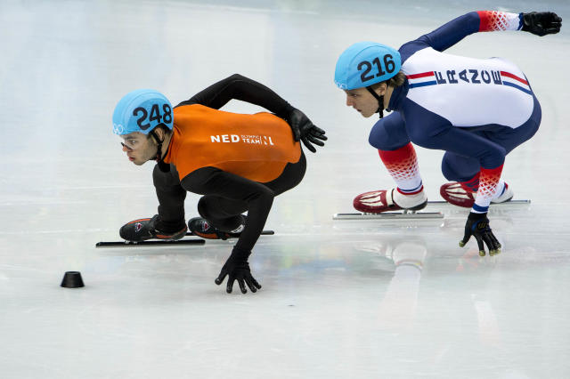 A Dutch coach in charge of the French speed skating team attempted to fix a 2014 Olympic race between his squad and his home nation. (Getty)