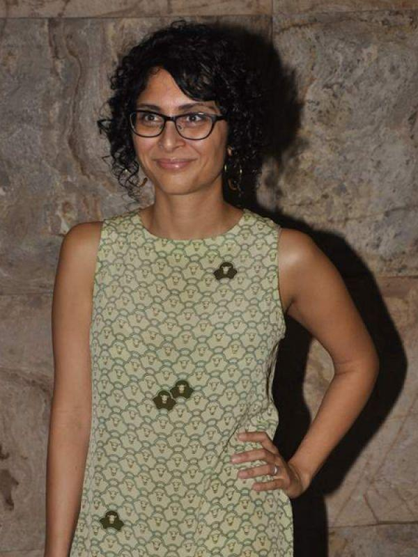 """<p><strong>Kiran Rao</strong>: We can't imagine Kiran Rao without her glasses. Her glasses really suit her and make her look intellectual.<br /><br /><strong>Celeb Style: <a href=""""https://ec.yimg.com/ec?url=http%3a%2f%2fidiva.com%2fphotogallery-style-beauty%2fceleb-style-how-to-sport-the-crop-top%2f23793%26quot%3b&t=1506365722&sig=16ANUJSuWJBYW5VIxiqfRQ--~D target=""""_blank"""">How to Sport the Crop Top</a></strong></p>"""