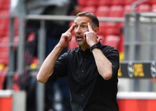 Mainz Fires Coach Beierlorzer After Losses, Player Unrest