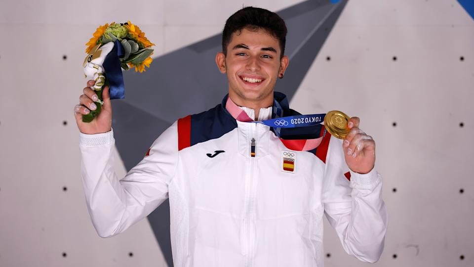 Tokyo 2020 Olympics - Sport Climbing - Men's Combined - Medal Ceremony - Aomi Urban Sports Park - Tokyo, Japan - August 5, 2021.Gold medallist Alberto Gines Lopez of Spain poses for photos REUTERS/Maxim Shemetov