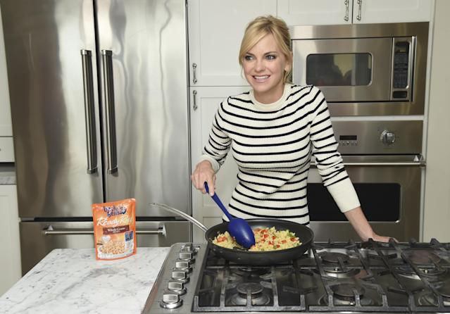Anna Faris shared her family's dangerous brush with carbon monoxide poisoning. [Photo: Getty]