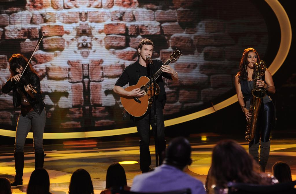 """Phillip Phillips performs """"The Stone"""" by Dave Matthews Band on """"<a target=""""_blank"""" href=""""http://tv.yahoo.com/american-idol/show/34934"""">American Idol</a>."""""""