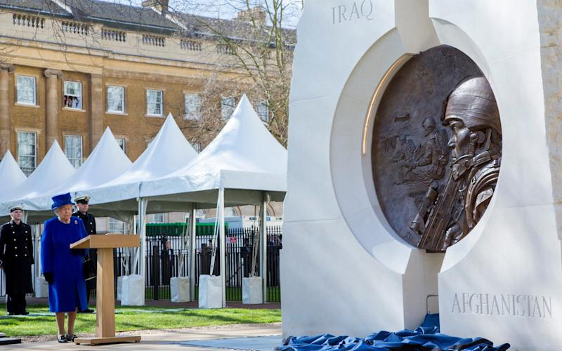 The Queen unveils the Iraq and Afghanistan war memorial -  Owen Cooban