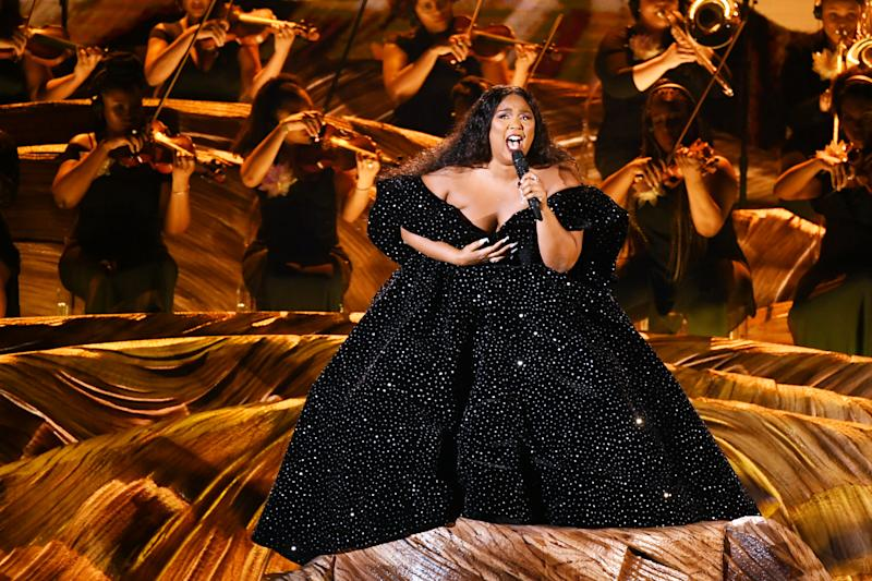 LOS ANGELES, CALIFORNIA - JANUARY 26: Lizzo performs onstage during the 62nd Annual GRAMMY Awards at STAPLES Center on January 26, 2020 in Los Angeles, California. (Photo by Kevin Winter/Getty Images for The Recording Academy )