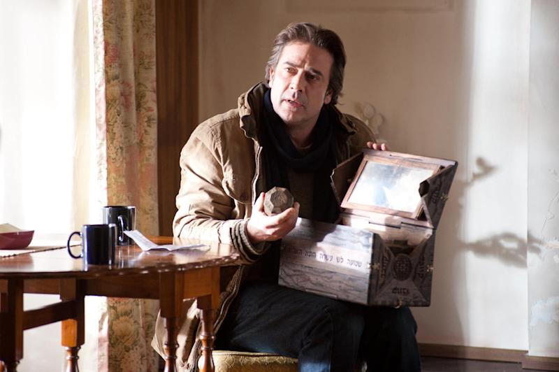 """In this undated publicity photo released by Lionsgate, Jeffrey Dean Morgan stars as Clyde in film, """"The Possession."""" (AP Photo/Lionsgate, Diyah Pera)"""