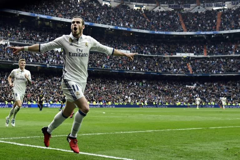 Real Madrid's Gareth Bale celebrates scoring a goal against RCD Espanyol at the Santiago Bernabeu stadium in Madrid on February 18, 2017