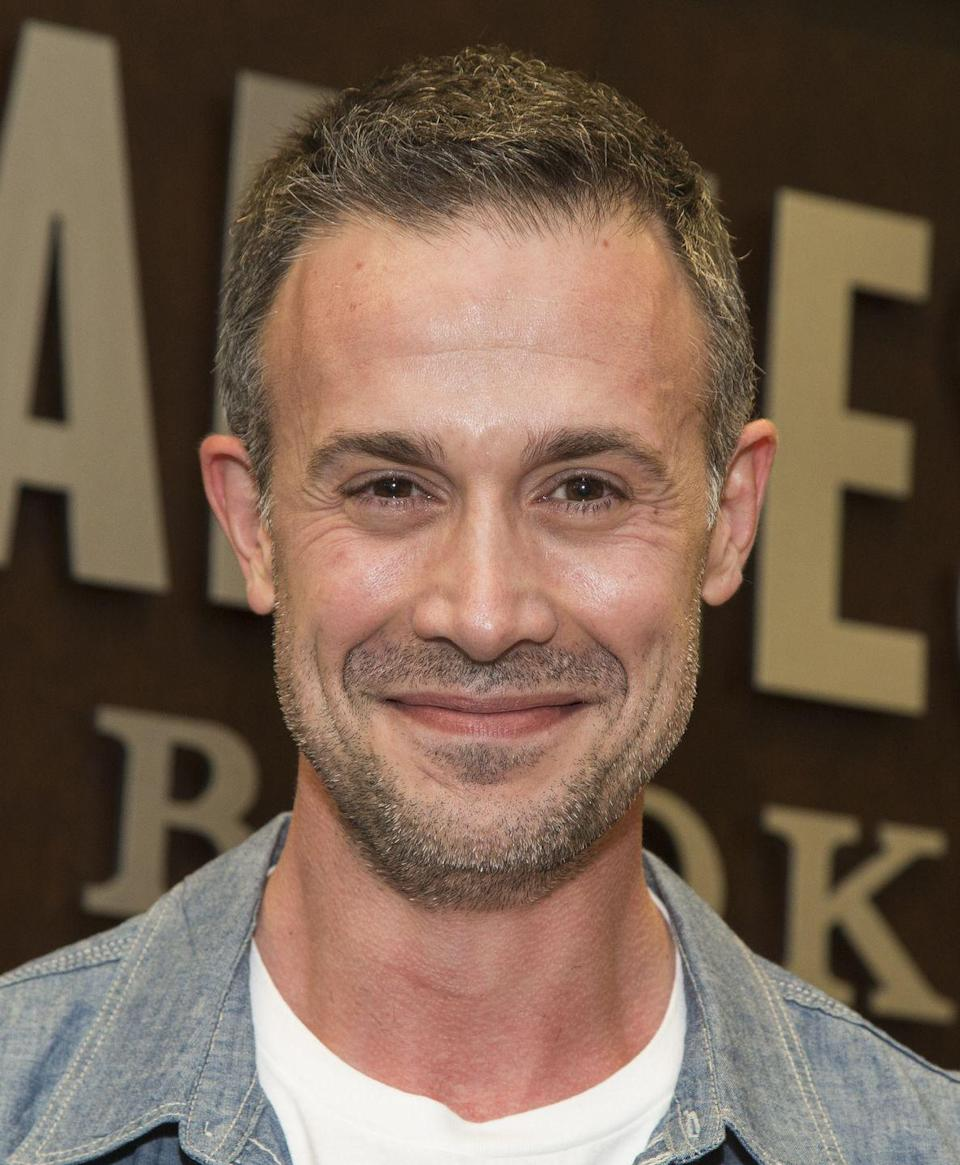 """<p>Besides playing a really good Fred in the live-action <em>Scooby-D</em><em>oo </em>franchise, he's also an author! Prinze Jr. recently released his cookbook, <em><a href=""""https://www.amazon.com/Back-Kitchen-Delicious-Recipes-Food-Obsessed/dp/1623366925?tag=syn-yahoo-20&ascsubtag=%5Bartid%7C10063.g.34149063%5Bsrc%7Cyahoo-us"""" rel=""""nofollow noopener"""" target=""""_blank"""" data-ylk=""""slk:Back to the Kitchen"""" class=""""link rapid-noclick-resp"""">Back to the Kitchen</a>,</em> and his wife, Sarah Michelle Gellar, wrote the foreword.</p>"""