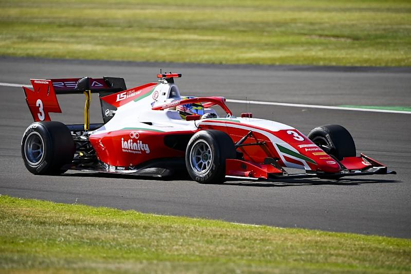 Sargeant takes maiden FIA F3 win at Silverstone