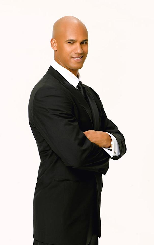 This year's NFL Man of the Year Award winner and last year's NFL Defensive Player of the Year, Jason Taylor of the Miami Dolphins partners with professional dancer Edyta Sliwinska for Season 6 of Dancing with the Stars.