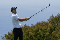 Russell Henley plays his shot from the 17th tee during the first round of the U.S. Open Golf Championship, Thursday, June 17, 2021, at Torrey Pines Golf Course in San Diego. (AP Photo/Marcio Jose Sanchez)