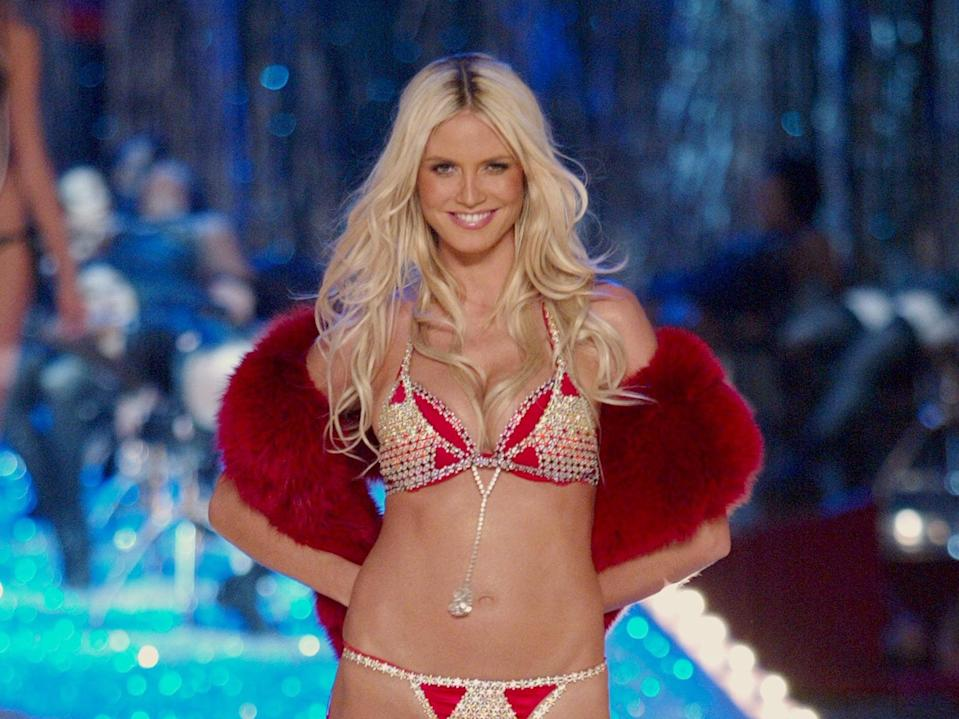 Heidi Klum was four months pregnant during Victoria's Secret Fashion Show in 2003 (Getty Images)