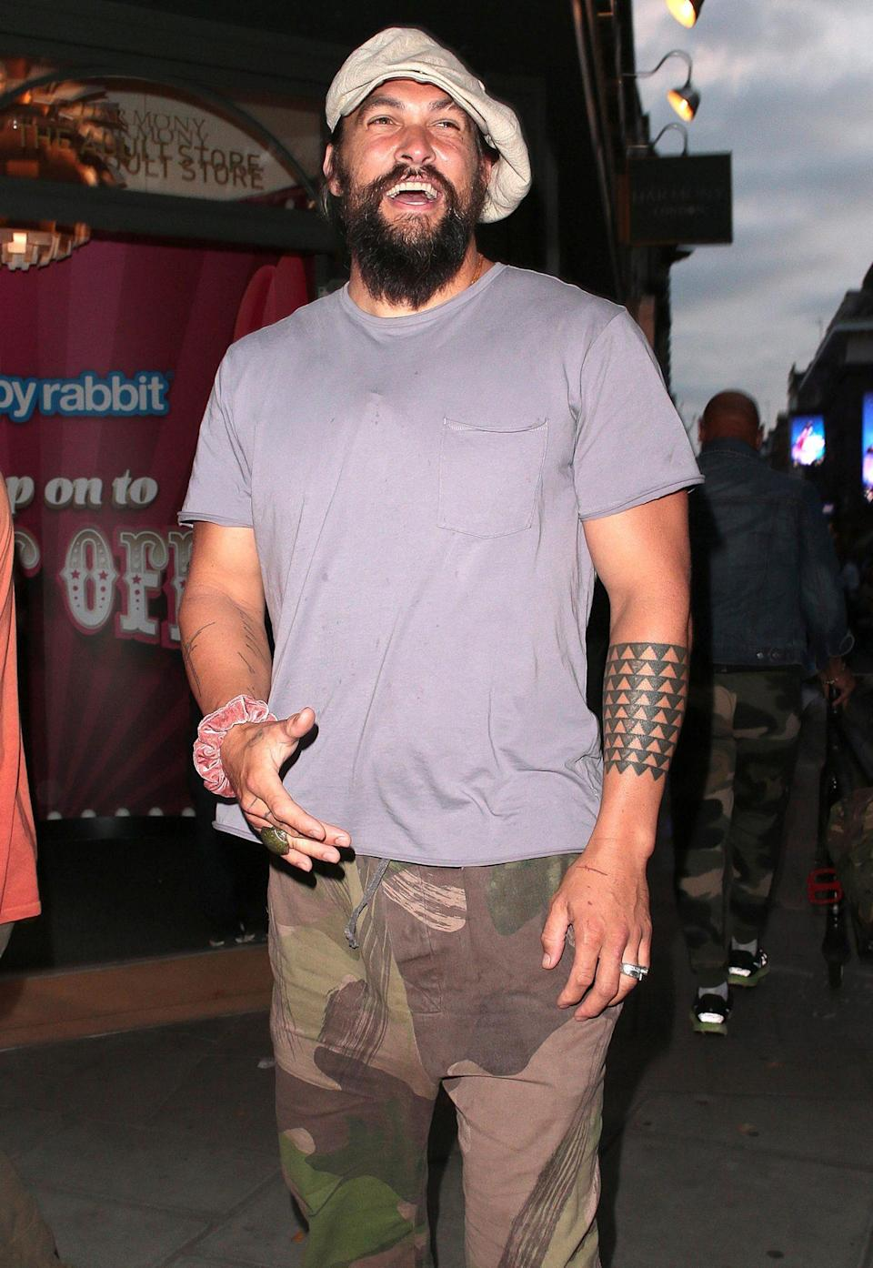 <p>Jason Momoa is seen leaving Mexican restaurant La Bodega Negra after dinner with a group of friends on July 23 in London.</p>