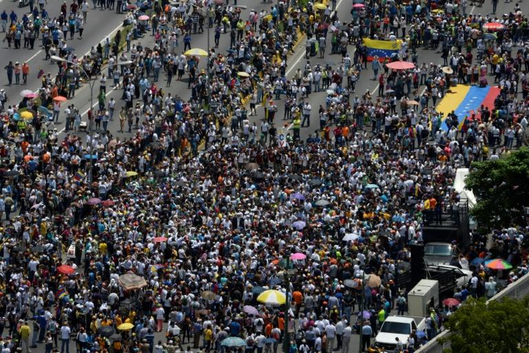 Thousands of Venezuelan opposition activists demonstrate against President Nicolas Maduro in Caracas, on April 24, 2017