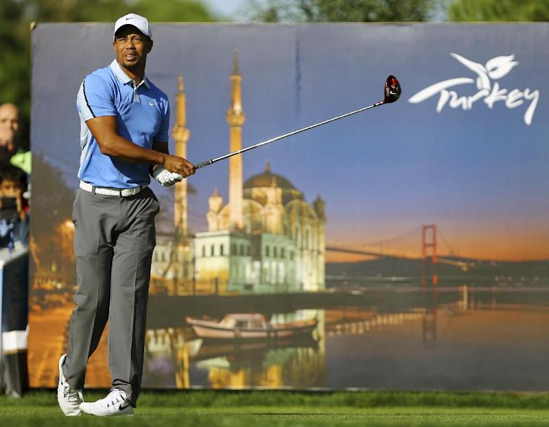 Dubuisson leads by 5 in Turkey; Woods in the mix