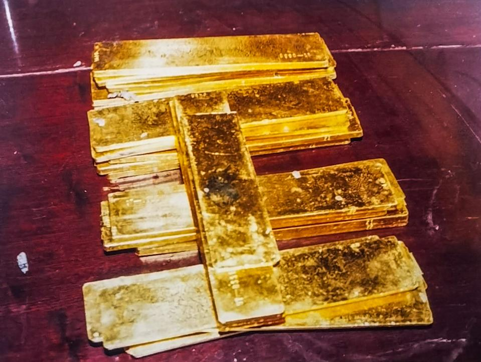 The 70 kilograms of gold recovered from the park lake. Source: Newsflash/australscope