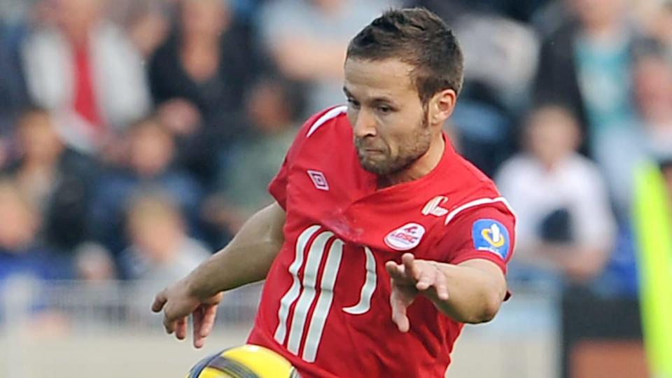 Lille's French midfielder Yohan Cabaye s | PHILIPPE HUGUEN/Getty Images