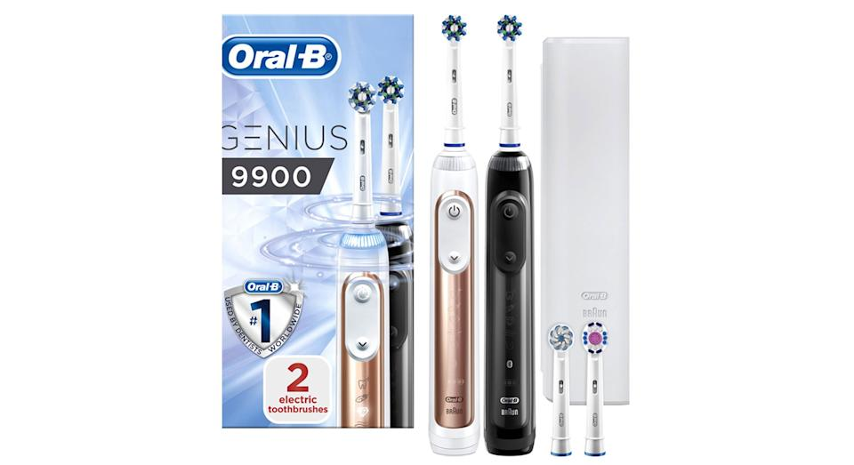 Oral B Genius 9900 rechargable Toothbrush Duo Pack