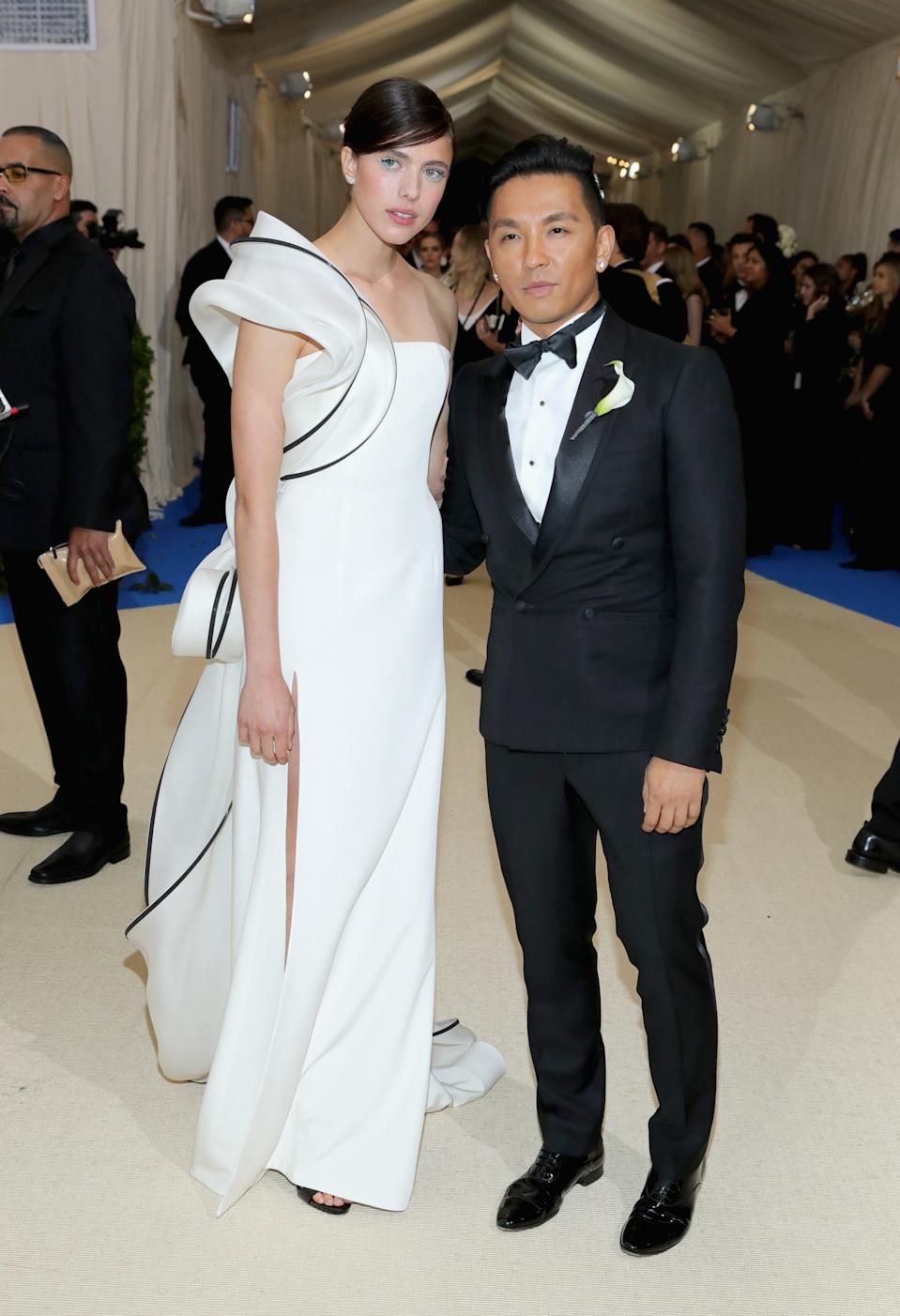 """<h1 class=""""title"""">Margaret Qualley with Dauphin jewelry and Prabal Gurung</h1><cite class=""""credit"""">Photo: Getty Images</cite>"""