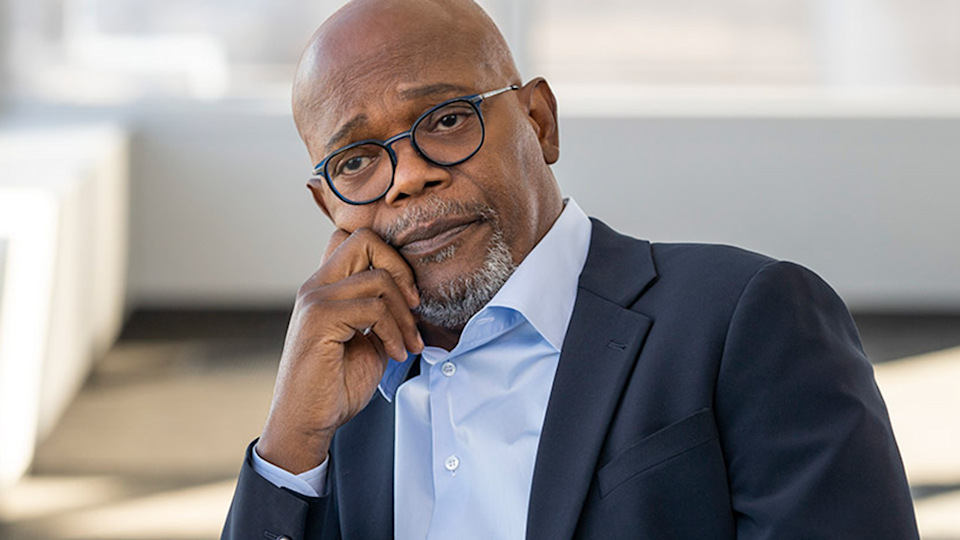 Samuel L. Jackson plays Dash Bracket in death to 2020 Netflix series