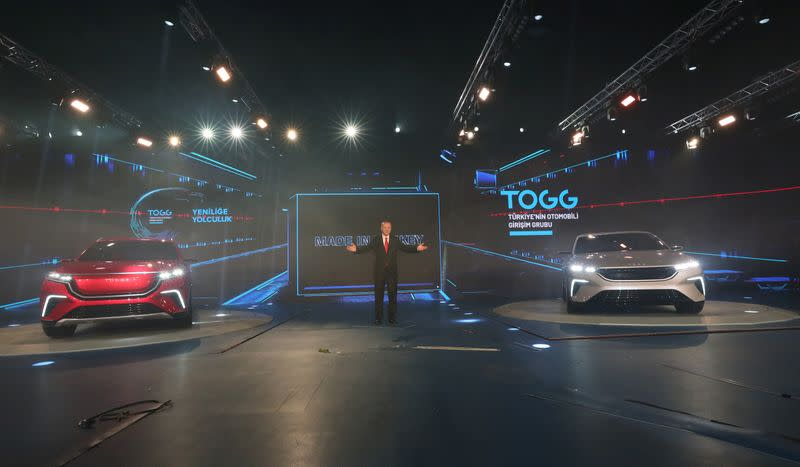 Turkish President Erdogan unveils theÊdomestic electric car project in Gebze