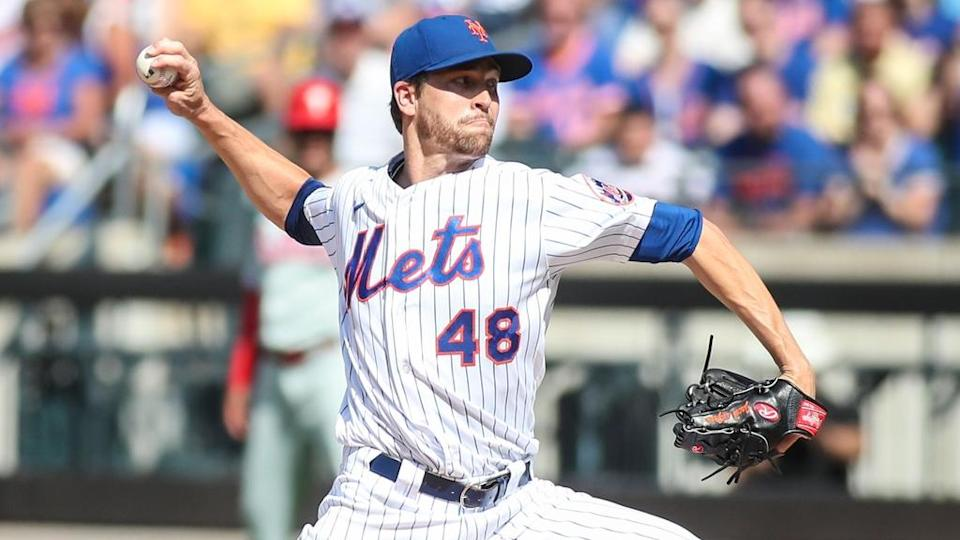 Jacob deGrom home whites day game Phillies