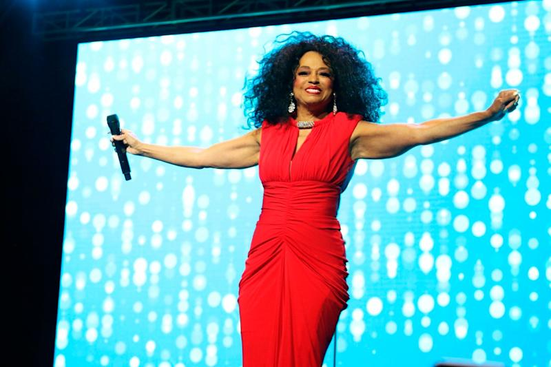 Despite more than 50 years in the entertainment industry, Diana Ross never won any of the 12 Grammys that she was nominated for.<br /><br />However, her contribution to the music world is so un-ignorable that the Recording Academy eventually granted her a Lifetime Achievement award in 2012.