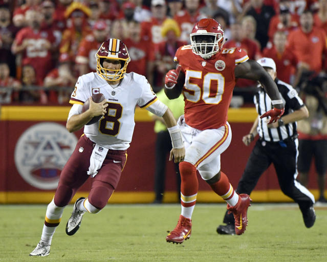 "Chiefs linebacker <a class=""link rapid-noclick-resp"" href=""/nfl/players/24857/"" data-ylk=""slk:Justin Houston"">Justin Houston</a> scored a touchdown as time expired to ensure Kansas City covered the 7.5-point spread against the Redskins. (AP Photo/Ed Zurga)"