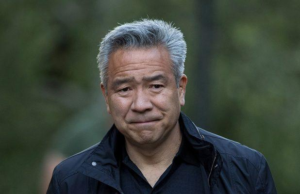 Kevin Tsujihara to Step Down as Warner Bros CEO and Chairman Amid Investigation Over Ties to Actress