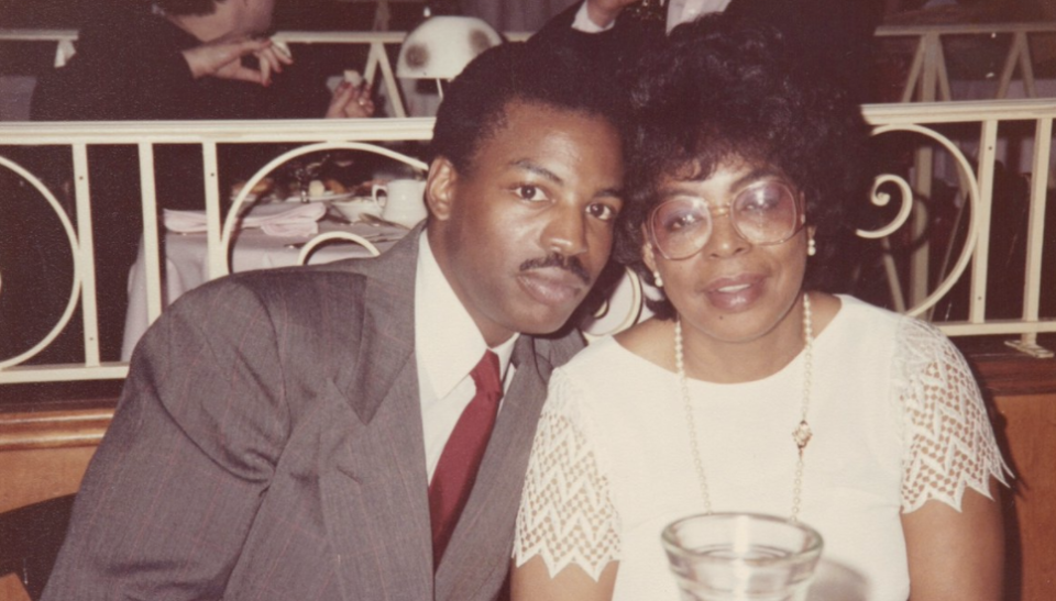 LeVar Burton remembers his mother with a throwback photo. (Photo: Twitter)