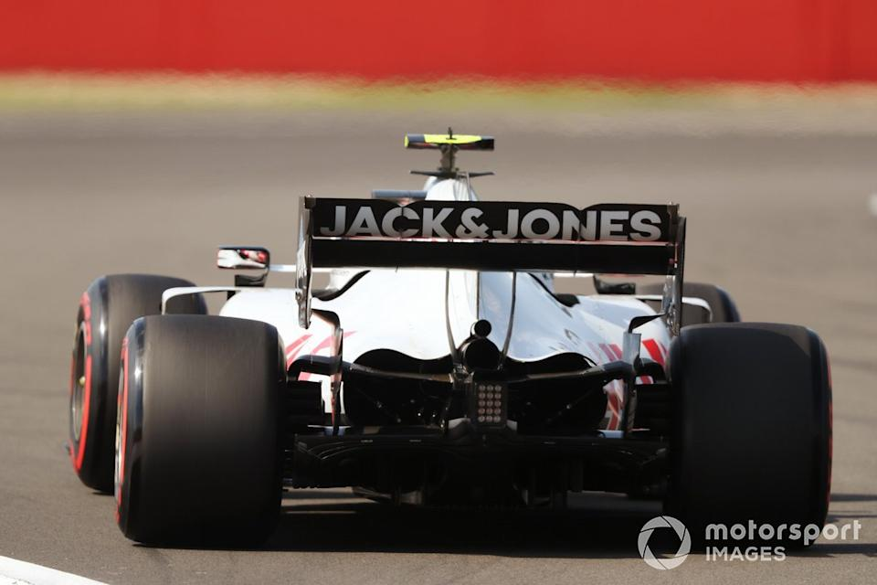 """Kevin Magnussen, Haas VF-20 <span class=""""copyright"""">Charles Coates / Motorsport Images</span>"""
