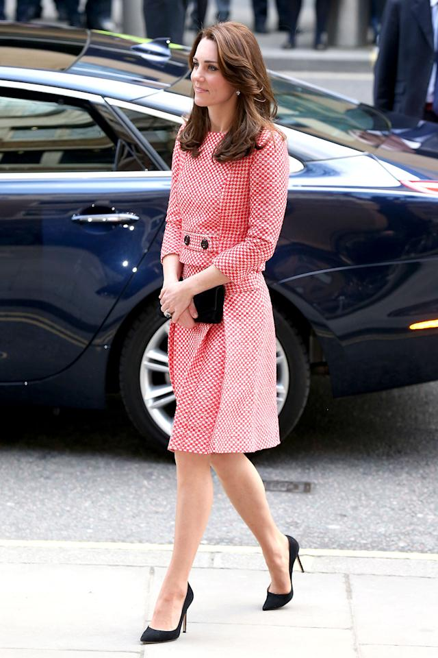 """<h2>A standout two-piece suit</h2>                                                                                                                                                                             <p><p>Kate visitedthe XLP Project youth charity in London wearing this mod-inspired skirt suit by Eponine.</p>                                                                                                                                                                               <h4>Getty Images</h4>                                                                                                                 <ul>     <strong>Related Articles</strong>     <li><a rel=""""nofollow"""" href=""""http://thezoereport.com/fashion/style-tips/box-of-style-ways-to-wear-cape-trend/?utm_source=yahoo&utm_medium=syndication"""">The Key Styling Piece Your Wardrobe Needs</a></li><li><a rel=""""nofollow"""" href=""""http://thezoereport.com/beauty/skincare/korean-beauty-products-target/?utm_source=yahoo&utm_medium=syndication"""">You'll Soon Be Able To Buy Korean Beauty Products At Target</a></li><li><a rel=""""nofollow"""" href=""""http://thezoereport.com/beauty/celebrity-beauty/drew-barrymore-beauty-routine-video-tutorial/?utm_source=yahoo&utm_medium=syndication"""">Drew Barrymore Adds This Crazy Step To Her Makeup Routine</a></li></ul>"""