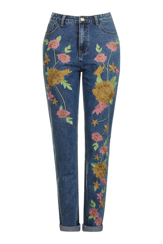 "<p><i><a href=""http://www.glamorous.com/petite-mid-blue-floral-embroidered-jeans.html"">Glamorous, £20</a></i></p>"
