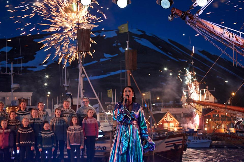 """Molly Sandén and an adorable crowd of Icelandic children belted out """"Husavik"""" from """"Eurovision"""" with aplomb, but if you only tuned into the actual Oscars you missed it."""