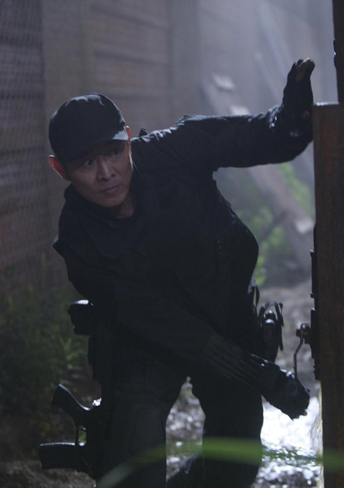 """<a href=""""http://movies.yahoo.com/movie/contributor/1800018724"""">JET LI</a>  Age: 47  Year of First Film Appearance: 1982  Number of Oscar Nominations: 0  Total Domestic BO Gross: $594,449,348   As a member of the Chinese National Wushu Team, Jet Li (who was only 11 at the time) performed martial arts for then President Richard Nixon on the White House lawn."""