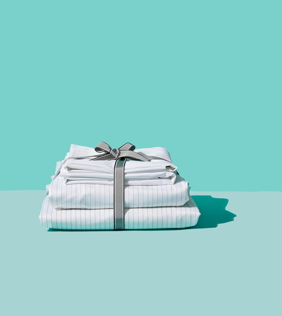"""<p><strong>Brooklinen</strong></p><p>brooklinen.com</p><p><strong>$175.00</strong></p><p><a href=""""https://go.redirectingat.com?id=74968X1596630&url=https%3A%2F%2Fwww.brooklinen.com%2Fproducts%2Fluxe-core-sheet-set&sref=https%3A%2F%2Fwww.goodhousekeeping.com%2Fhome-products%2Fbest-sheets%2Fg3038%2Fbest-sheets-reviews%2F"""" rel=""""nofollow noopener"""" target=""""_blank"""" data-ylk=""""slk:Shop Now"""" class=""""link rapid-noclick-resp"""">Shop Now</a></p><p><strong><em><em>•</em></em> Material</strong><strong>:</strong> 100% cotton sateen</p><p>This popular set is a top performer in our tests<em>,</em> has an easy-shopping platform with free shipping <em>and</em> scored higher than pricier styles, making it our Textile Lab's number one pick. The 100% cotton sateen <strong>fabric was strong, didn't pill easily, washed well and was called """"smooth""""</strong> by our consumer testers.</p><p>As an added bonus, making your bed is much easier thanks to clever tabs labeled """"long side"""" and """"short side"""" on the fitted sheet. These sheets come in a variety of neutral colors and prints, with seasonal colors added regularly. The brand offers a lenient any-reason return policy for an entire year so there's little risk in trying it out.</p>"""
