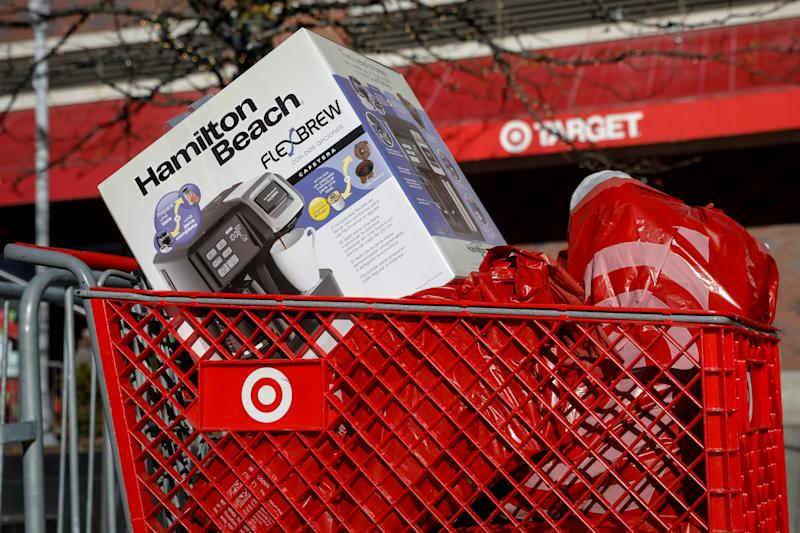 A full cart sits outside a Target store during Black Friday shopping in the Brooklyn borough of New York City, U.S., November 24, 2017. REUTERS/Brendan McDermid