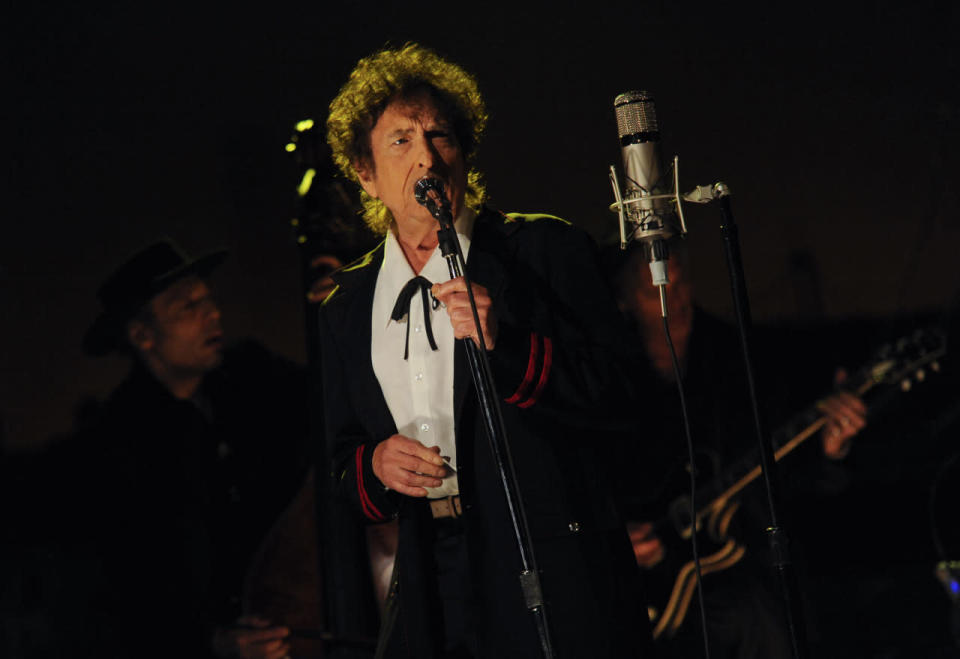 Rock legend Bob Dylan may win Best Traditional Pop Vocal Album for Shadows in the Night, a collection of songs made famous by Frank Sinatra. Odds of this happening: Very good, though you can never count out fellow nominee Tony Bennett, who has won 12 times (!) in this category.