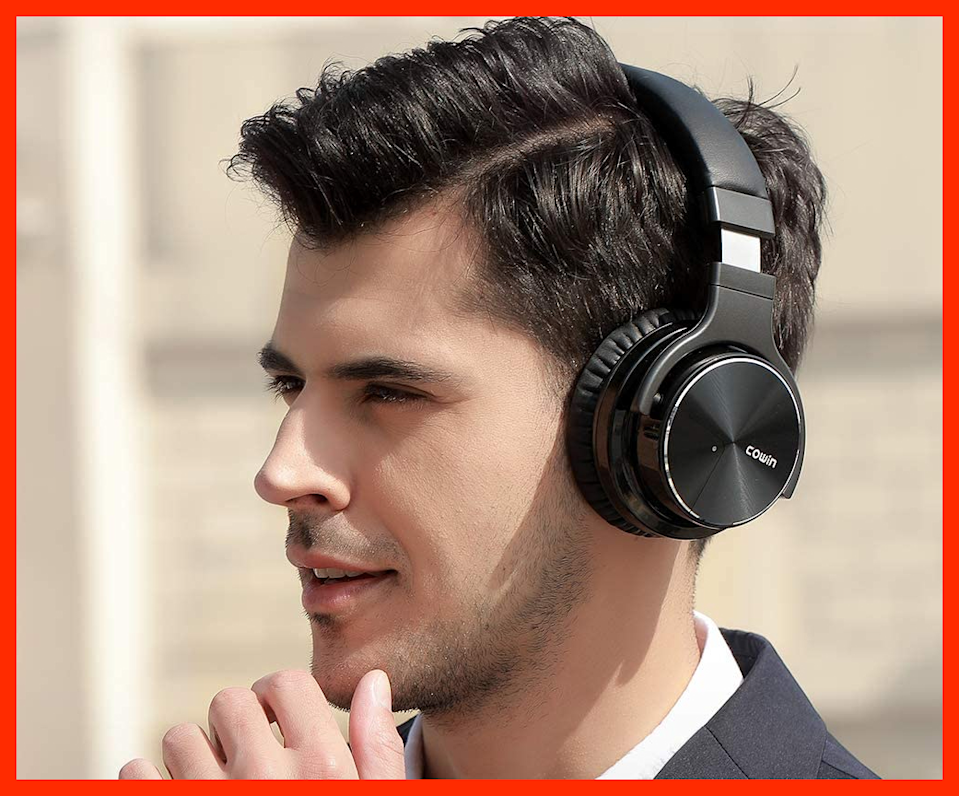 Get 29 percent off these Cowin E7 Active Noise Cancelling Headphones. (Photo: Amazon)