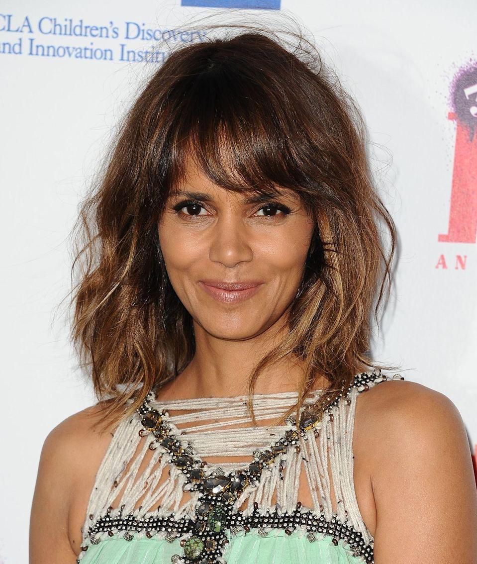 <p>Given that she is widely considered one of the world's most beautiful people, it makes sense that the Oscar-winning actress began her career with pageantry.</p>