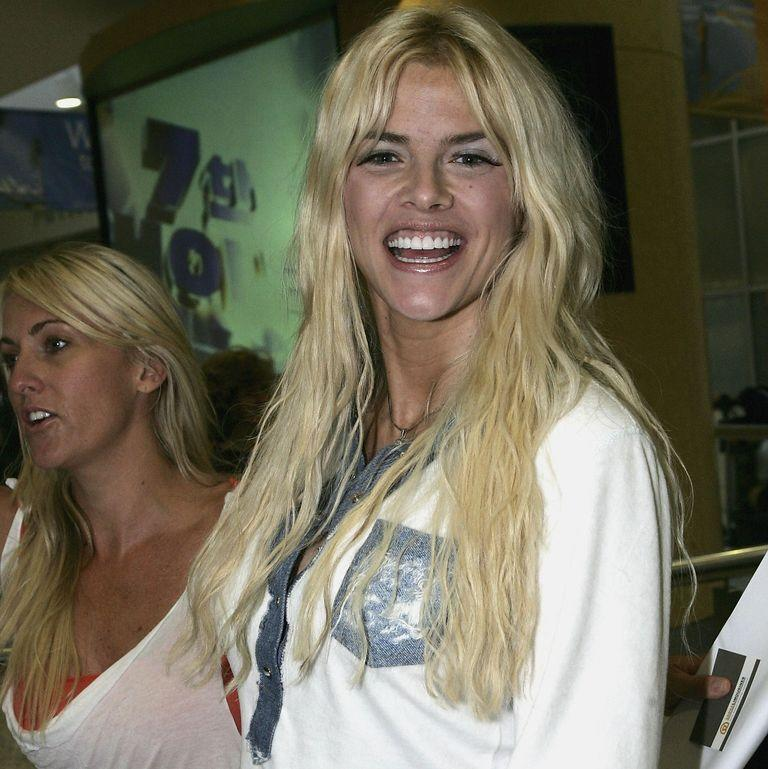 <p>The late Anna-Nicole Smith, who died in 2007, arrives at Sydney Airport in Australia in February 2005.</p>