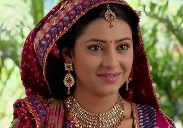 At just 24, Pratyusha had become television's sweetheart and gathered massive popularity by essaying the grown-up 'Anandi' in <em>Balika Vadhu. </em>She had also participated in reality shows like <em>Jhalak Dikhh Laja</em>, and <em>Bigg Boss</em>. Hence, the unfortunate news of her suicide shocked the industry and tele-viewers alike. Pratyusha was found hanging from the ceiling fan of her Mumbai apartment, and it was alleged that her troubled relationship forced her to end her life.