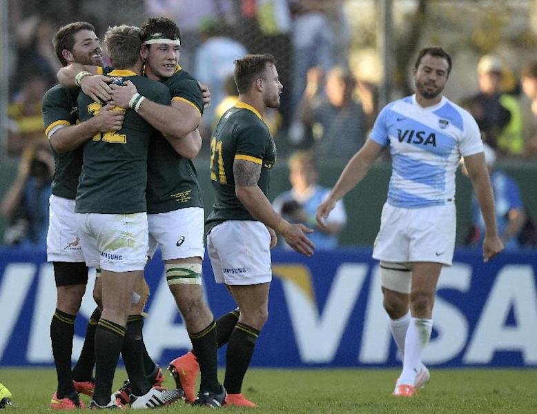 New Zealand and S.Africa provide four of the five nominees for 2014 world player of the year award (AFP Photo/Juan Mabromata)
