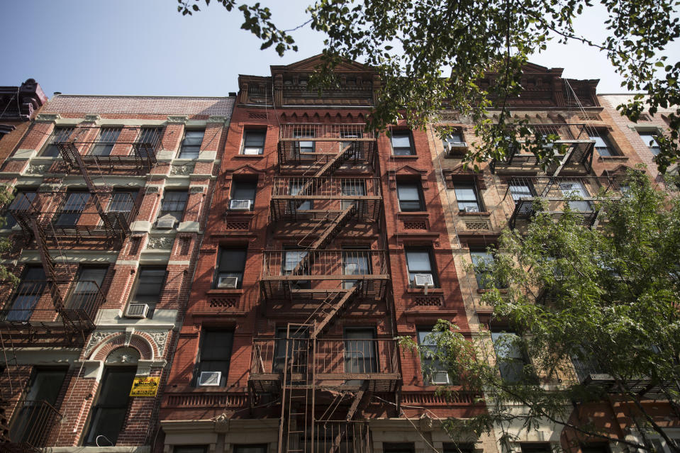 NEW YORK, NY - AUGUST 28: A building owned by Kushner Companies stands at 172 Rivington Street in the Lower East Side neighborhood in Manhattan, August 28, 2018 in New York City. Kushner Companies, the real estate business of Jared Kushner and father Charles Kushner, has been levied with $210,000 in fines by the New York City Department of Buildings for filing false real estate paperwork over several years. The city found that the company routinely falsified construction applications and often underreported the amount of rent-regulated tenants living in their buildings. (Photo by Drew Angerer/Getty Images)