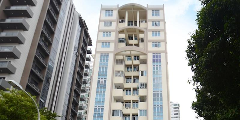 <p><img/></p>Another residential development, this time off Balestier Road, has been put up for collective sale, said marketing agent Knight Frank on Thursday (11 January)...