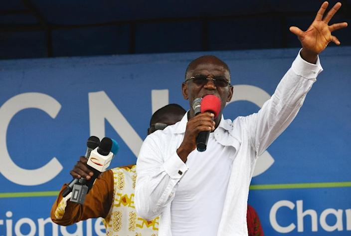 Ivory Coast's former parliament speaker, member of the National Coalition for Change and 2015 presidential candidate for the LIDER party, Mamadou Koulibaly, speaks at a rally on October 7, 2015 in Yopougon (AFP Photo/Issouf Sanogo)
