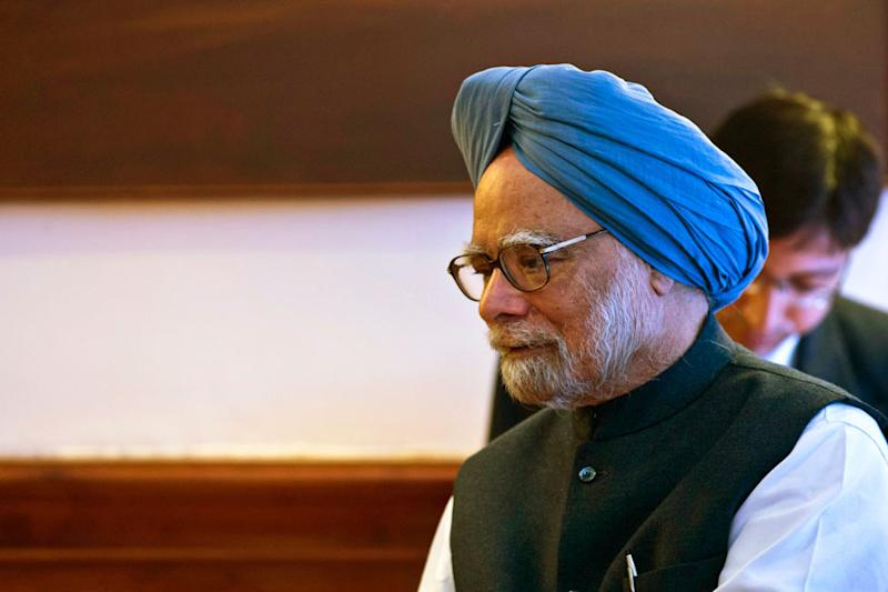 Sidelined by Rajiv Gandhi, How Manmohan Singh Became Sonia's Trusted Lieutenant & Astute Politician