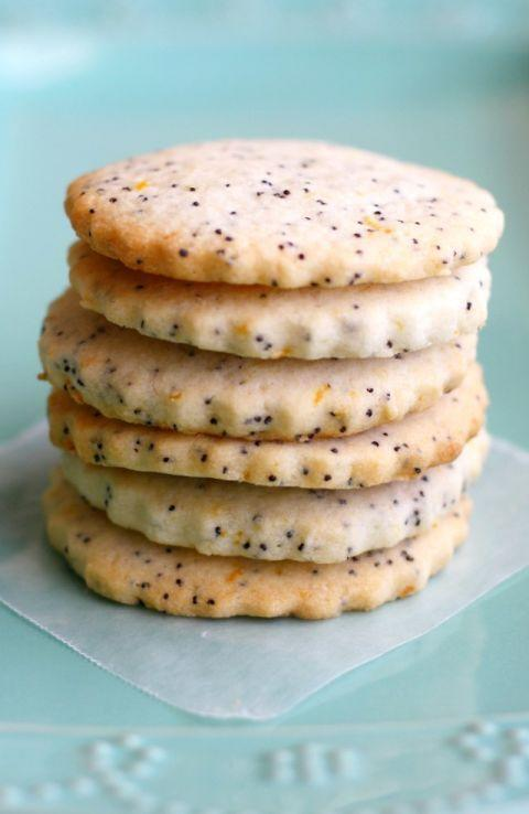 "<p>These dainty lemon poppyseed cookies are perfect for Easter! They're buttery, crispy, and all-around amazing. </p><p><a href=""https://theprettybee.com/vegan-gluten-free-lemon-poppy-seed-cookies/"" rel=""nofollow noopener"" target=""_blank"" data-ylk=""slk:Get the recipe from The Pretty Bee »"" class=""link rapid-noclick-resp""><em>Get the recipe from The Pretty Bee »</em></a></p>"